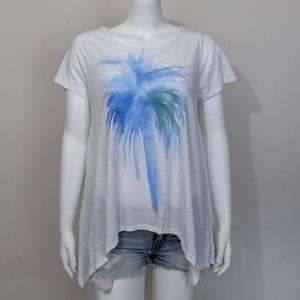 Two by Vince Camuto white blue palm tree tee